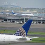 ユナイテッド航空機とゲートブリッジ