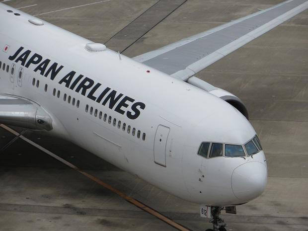 JAL機(右斜め上から)