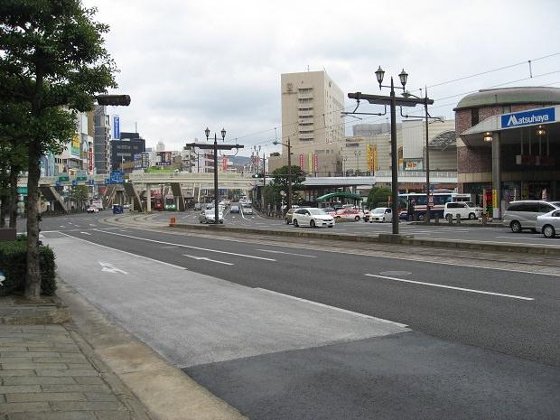 「長崎駅前」停留所(遠景)