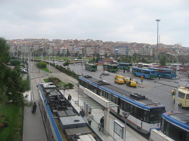トルコ・イスタンブールの「Zeytinburnu」駅