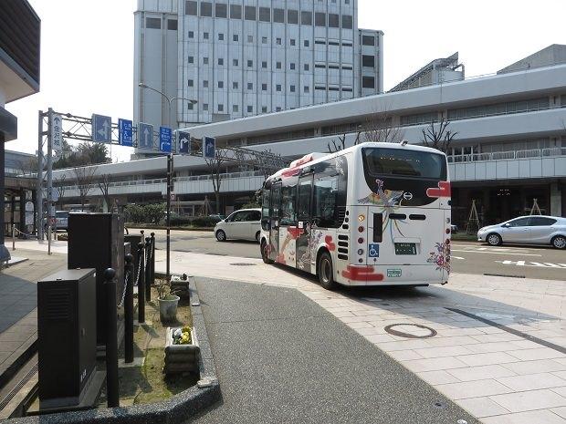 横安江町商店街出口