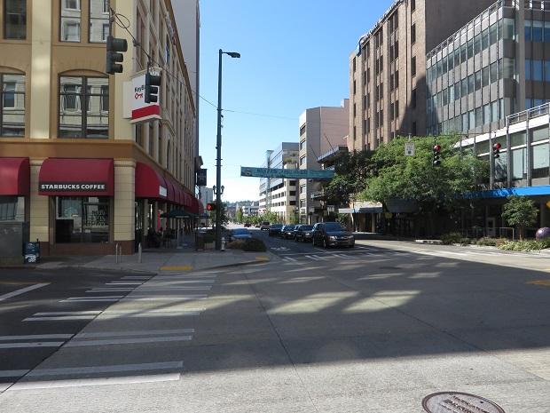 パシフィック通りの交差点
